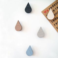 wooden magnet drops (by Snug)
