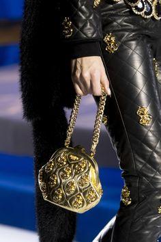 Moschino at Milan Fashion Week Fall 2019 - Details Runway Photos