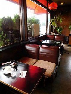 郡山・ブーメラン7 Retro Interior Design, Cafe Interior, Interior Design Inspiration, Retro Cafe, Vintage Cafe, Cafe Restaurant, Restaurant Design, Diner Aesthetic, Cofee Shop