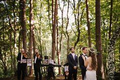 Heiraten inmitten der Bäume in der Nähe von Graz. Standesamtlich oder zeremoniell. Im kleinsten Kreis oder mit all euren Liebsten. Sag ja! Sag Ja, Couple Photos, Couples, Graz, Getting Married, Nature, Couple Shots, Couple, Couple Pics