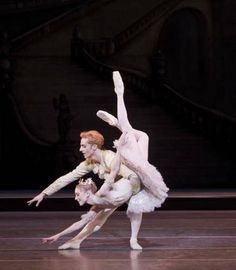 Sarah Lamb and Steven McRae in Sleeping Beauty photo by Johan-Persson