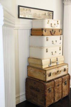 Love this vintage suitcase arrangement!
