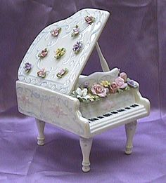 Fine China, Piano With Hand Painted Raised Flowers Music Box