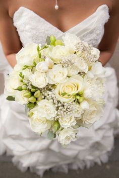bouquet rose, freesia, gypsophile