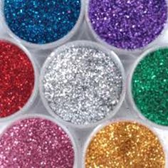EDIBLE GLITTER!!!! 1/4 cup sugar, 1/2 teaspoon of food coloring, baking sheet and 10 mins in oven to make edible glitter.... - Click image to find more DIY & Crafts Pinterest pins