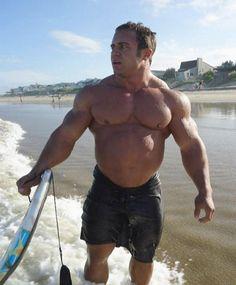 Muscle surfer, the rarest kind of surfer.