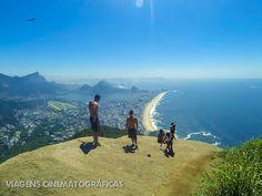 Visual no alto da Trilha Morro Dois Irmãos: Rio de Janeiro. De lá dá para contemplar boa parte do Rio de Janeiro, mas o visual principal é para a Praia de Ipanema