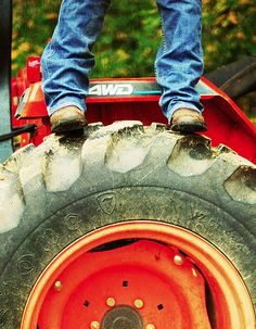 Tractor, mud, and boots♥♥ It's either in your blood or it ain't.. It's a country thing!♥