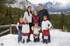 The Ragan Family / December 3/12 / Banff Springs Hotel / Photography by Roger Witney
