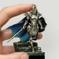 Sergio Calvo Miniatures is creating Miniature Painting Step by Step Warhammer Paint, Warhammer Models, Warhammer Fantasy, Warhammer 40000, Warhammer Figures, Fantasy Paintings, Mini Paintings, Zombicide Black Plague, Fantasy Model