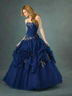Blue masquerade dress. Absolutely gorgeous<3 although I wish it had straps or something...