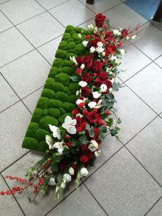 Spring Home Decor, Funeral Flowers, Casket, Anna, Garden, Bouquets, Dekoration, Garten, Lawn And Garden