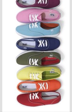 Want a pair in every color lmao Vans Authentic, The Originals, Sneakers, Shoes, Keds, Fashion, Zapatos, Colors, Trainers