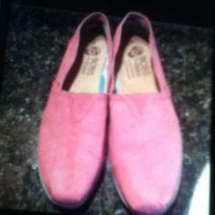 Bob Sketchers Women's pink Bob by Sketchers size 11 in like new condition. Worn twice Skechers Shoes