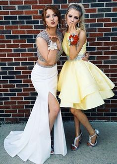 short yellow homecoming dresses elegant and cheap dresses short yellow homecoming dresses elegant and cheap dresses Homecoming Poses, Yellow Homecoming Dresses, Prom Poses, Prom Dresses, Dresses 2016, Senior Prom, Dresses Elegant, Beautiful Dresses, Nice Dresses