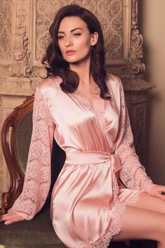 You don't need to wait for the holidays to wear beautiful lingerie! A short lace-trimmed silk robe with long lace sleeves. Every day will be like a holiday! Jolie Lingerie, White Lingerie, Beautiful Lingerie, Beautiful Gorgeous, White Nightgown, Silk Nightgown, Pyjama Satin, Pijamas Women, Silk Pajamas