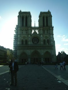 Notre Dame Cathedral - Early Morning