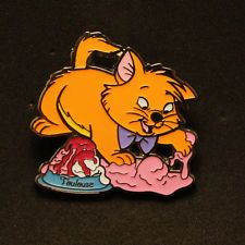 Disney DSF DSSH PTD Trader's Delight Aristocats Toulouse LE 400 Pin