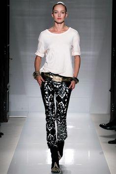 Balmain Spring 2012 Ready-to-Wear Fashion Show - Karmen Pedaru (IMG)