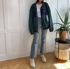 Aesthetic Fashion, Look Fashion, Aesthetic Clothes, Girl Fashion, Fashion Outfits, Paris Fashion, Vintage Outfits, Retro Outfits, Cute Casual Outfits