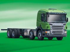 O semipesado P 270, da Scania, é a aposta da marca sueca para embarcar na onda verde com motor que funciona em ciclo diesel alimentado por E95, mistura de 95% de álcool hidratado com 5% de aditivo para controlar a combustão.