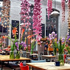 "RESTAURANT (Somewhere in the World?), ""Fresh Spring Floral Decor"", pinned by Ton van der Veer"