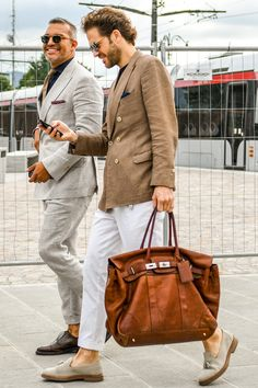 Mens Fashion Smart – The World of Mens Fashion Burberry Men, Gucci Men, Hermes Men, Plus Clothing, Tom Ford Men, Kelly Bag, Versace Men, Calvin Klein Men, Gentleman Style