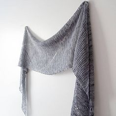 Light & lofty rectangle stole with lace weight yarn and big needles.