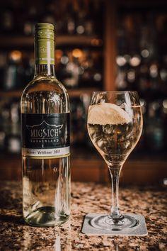 White Wine, Renaissance, Alcoholic Drinks, Glass, Drinkware, Corning Glass, White Wines, Liquor Drinks, Alcoholic Beverages