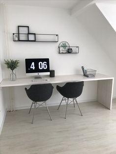 Selfmade bureau van steigerhout voor onze studeer/fotografie kamer