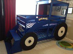 Tractor bed but John Deere colors