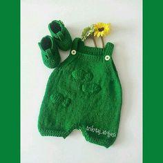 Örgü Bebek Yelekleri Modelleri (İstek Üzerine) http://www.canimanne.com/orgu-bebek-yelekleri-modelleri-istek-uzerine.html