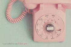 Vintage Ideas: Vintage Pink Rotary Phone Print