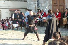 """""""Medioevo nel Borgo"""" at Roccatederighi in #Maremma #Tuscany A medieval village tourns in the past with exhibit, old games and plays On July."""