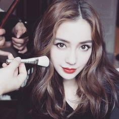 Angelababy Goes Inside Dior's Grand Fall 2018 S Beautiful Hijab, The Most Beautiful Girl, Beautiful Asian Girls, Beautiful Women, Angelababy, Fashion Week 2018, Pretty Asian, Face Hair, Girl Photos