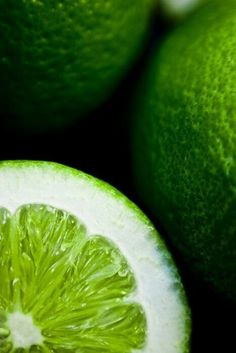 Lime is a color in the green hue family, so named because it is a representation of the color of the citrus fruit called limes. The first recorded use of lime green as a color name in English was in 1890 Go Green, Green Colors, Fresh Green, Kelly Green, Fresh Lime, Green Life, Bright Green, Photo Fruit, Foto Macro