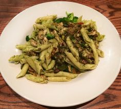 Pistachio Pesto Chicken Pasta! Only at JMU students' favorite homemade food away from home: O'Neill's Grill! #JMU #YUM #food #homemade  Click to get in on giveaways, events, and more!