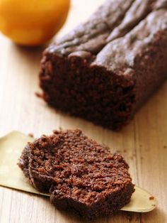 Orange & Chocolate Loaf Cake - by Chocolate Loaf Cake, Cocoa Cake, Homemade Chocolate, Chocolate Desserts, Chocolate Chocolate, Fun Baking Recipes, Sweet Recipes, Cake Recipes, Dessert Recipes