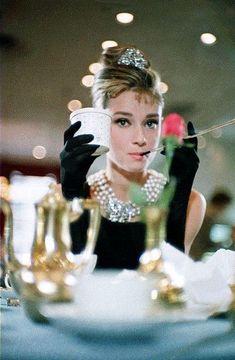Audrey Hepburn Quotes, Audrey Hepburn Style, Meg Ryan, Sophie Marceau, Marylin Monroe, Julia Roberts, Romy Schneider, Vintage Glamour, Vintage Beauty