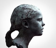 One of the finest portrait sculptors in the world, Mark Richards creates exquisite portraits of children. His work has been compared to century French masters Houdon, Pajou and Carpeaux. Portrait Sculpture, Sculpture Head, Sculptures Céramiques, Carpeaux, Sculpture Techniques, Plastic Art, Terracota, Ceramic Figures, Paperclay
