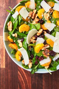 Mandarin Orange Salad This is one of our absolute FAVORITE summer salads. Get the recipe from Delish Summer Salad Recipes, Healthy Salad Recipes, Summer Salads, Vegetarian Recipes, Easy Salads, Lunch Recipes, Drink Recipes, Dinner Salads, Dinner Ifeas