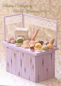 Dollhouse Miniature Food - Miniature Bakery Display