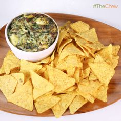 Clinton Kelly's #SpinachArtichokeDip #TheChew
