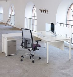 executive desk open ended - Herman Miller Tischsysteme