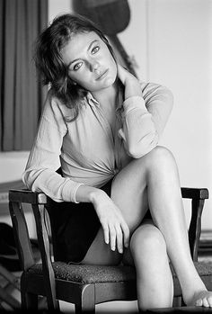 ~ Jacqueline Bisset ~ photos by Terry O'Neill