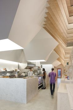 Gallery of Earl's Gourmet Grub / FreelandBuck - 2