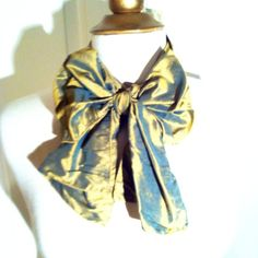 Gold Taffeta Silk French Scarf-NWT-Retail $68 Beautiful gold taffeta fabric scarf. This is a staple in your wardrobe that is timeless. Add dimension, texture, and color to your ensemble. New with tags. Retail $68.00. Rituelles Accessories Scarves & Wraps