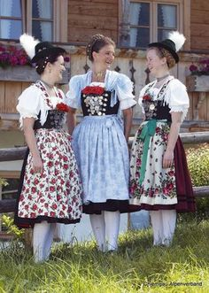 October Festival, European Costumes, German Folk, Folk Costume, Festival Outfits, Traditional Outfits, Ukraine, Fairy Tales, Russia