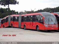 Neobus Mega BRT em Curitiba, Brasil