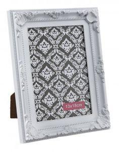 Bilderrahmen Barock, weiß, 13 x 18 cm - Bilderrahmen im opulenten Barock-Look. Geeignet für Bilder der Größe 13 x 18 cm.Material: Kunststoff